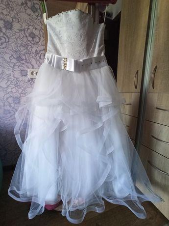 Платье для девочки 7-10 лет.