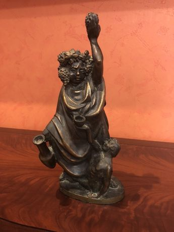 Бронзовая статуэтка ,скульптура,бронза.