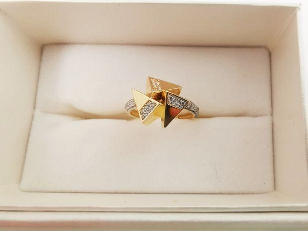 NOWY Oryginalny Złoty pierścionek pr.585 TRÓJKĄTY r.16|Plus Lombard