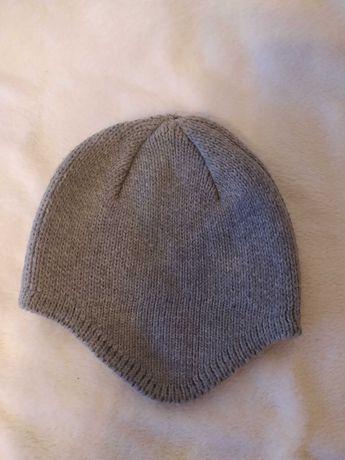 Ciepła szara czapka
