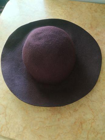 Стильний капелюх