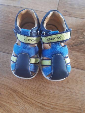 Buty sandałki dziecięce Geox rozm 20 długość wkładki 13cm