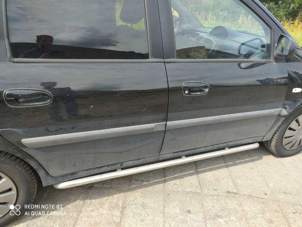 Hyundai Matrix lusterko lewe
