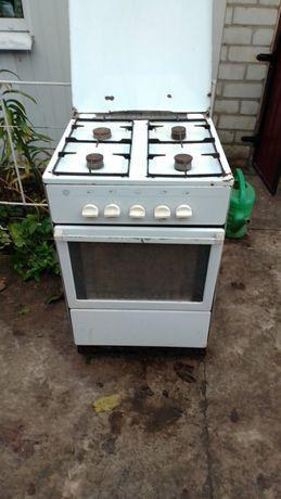 Газовая плита, немецкая, идеально печет