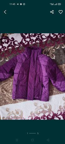 Куртка для девочки 3-4года