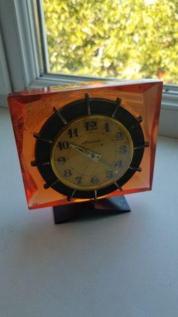 Советские часы .