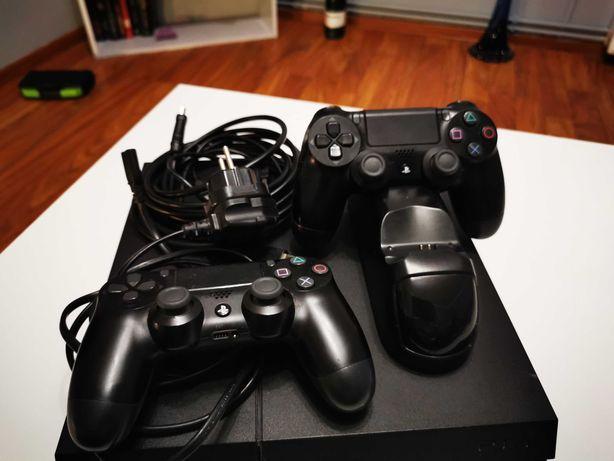 Ps4 PlayStation 4 500gb 2pady i ładowarka