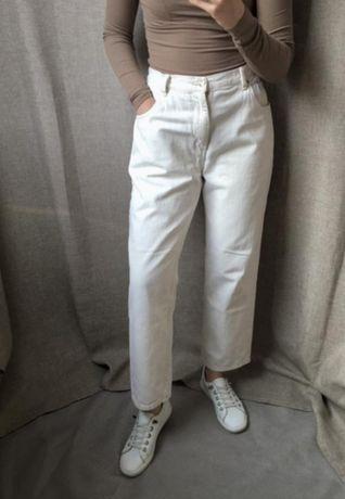 Базовые джинсы мом