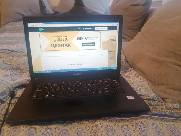 Ноутбук Samsung R517, HDD - 1TB, 1GB DDR2 на запчастини
