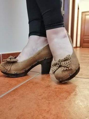 Sapatos em pele 39