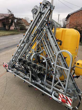 Opryskiwacz zawieszany Xara 1200 l 15 m firmy Tolmet typu X