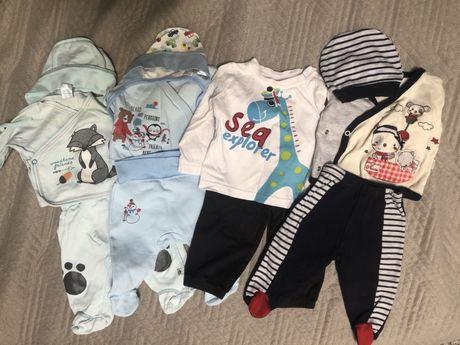 Костюмы для новорожденных 4 шт