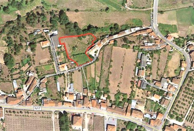 Terreno Urbano | 2 Moradias