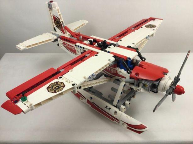Lego Technic 42040 - Пожарный самолёт