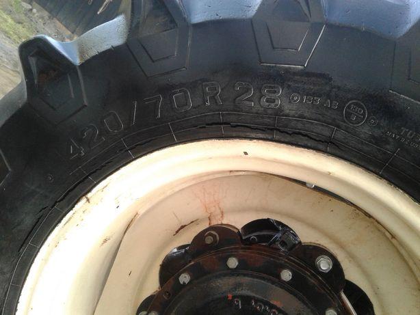 Sprzedam 2 opony 420/70R28 Pirelli 14.9/r28
