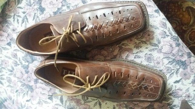 Туфлі чоловічі коричневі