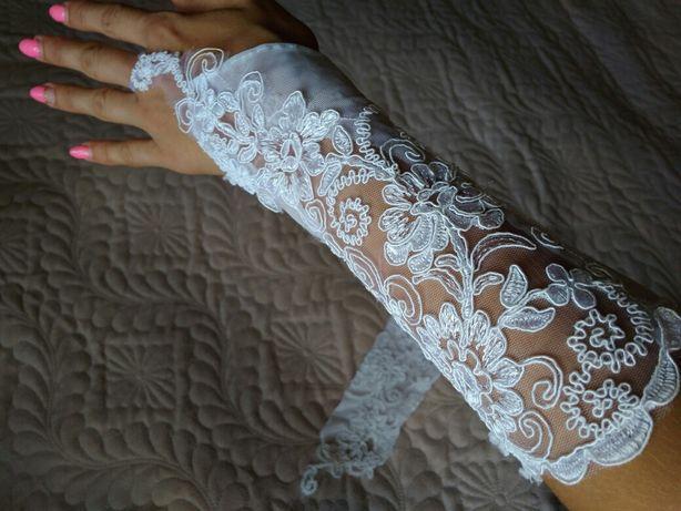 Продам весільні рукавички