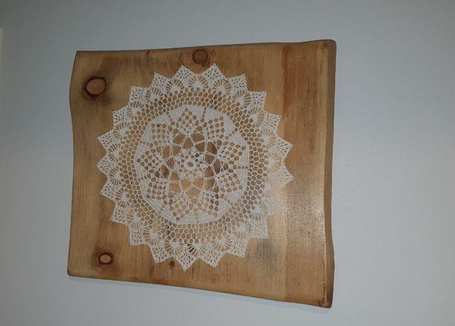 dekoracja ścienna robiona ręcznie