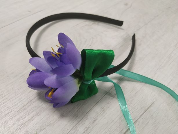 Обруч с цветком и бантом ручной работы