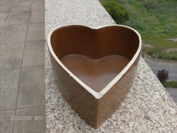 Coração em cerâmica para ir ao forno