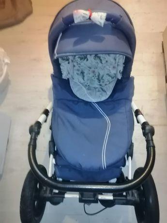 Wózek gondola i nosidełko.
