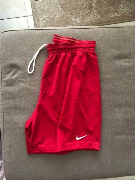 Calção Nike Dri Fit Vermelhos futebol