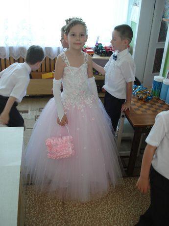Продам детское бальное платье для выпускного