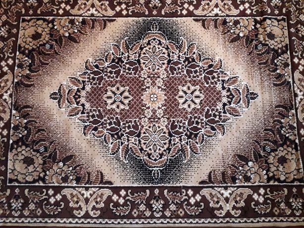 Продам ковёр 160х230