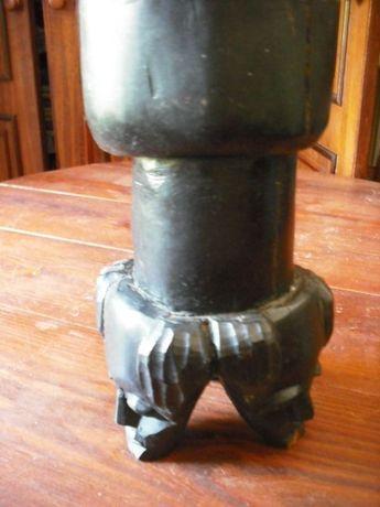 Artesanato de Angola ,cinzeiro com pé,arte quioca