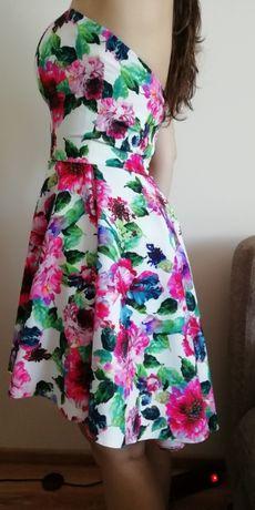 Sukienka w rozm. 34