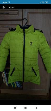 Зимова куртка на ріст 128