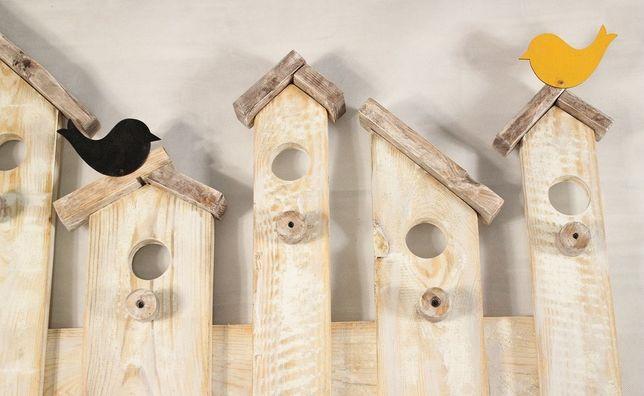 Wieszak na ubrania z desek - shabby vintage skandynawski ptaki domki