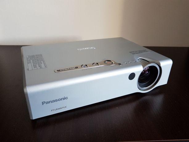 Projektor rzutnik warty 1000zł !!! Panasonic PT-LB30NTEA 3000 ANSI