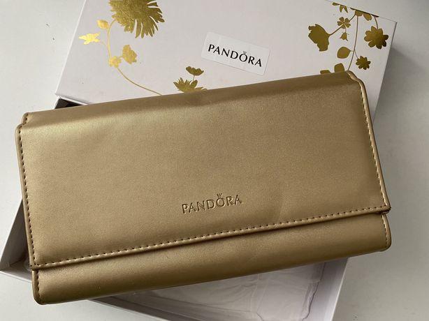 Сумка клатч Pandora