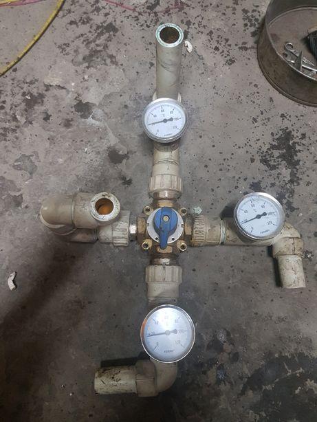 Zawór 4 drożny CO z termometrami