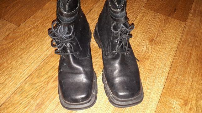 Продам ботинки бу