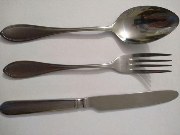 Продам набор столовых предметов - ложка вилка нож