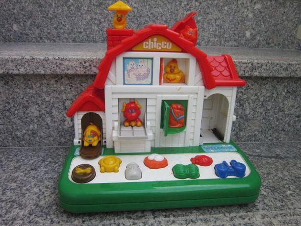 didático casa da Chicco animais da quinta pedagógica