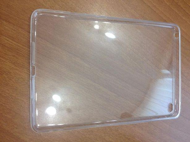 Силиконовый прозрачный чехол для iPad Air