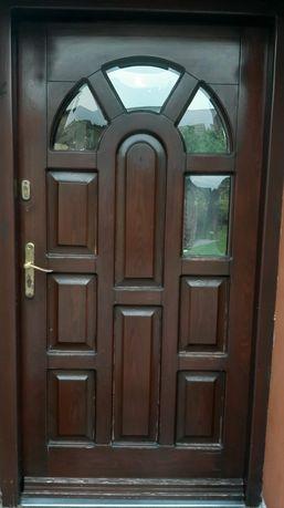 Drzwi drewniane wejściowe