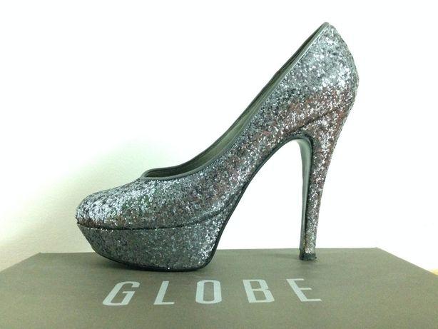 sapatos brilhantes GLOBE