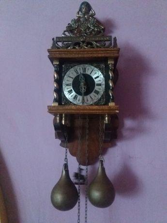 Zegar wagowy ścienny wiszący