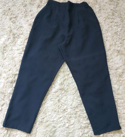 40/42 Granatowe eleganckie spodnie z kieszeniami guma w pasie idealne