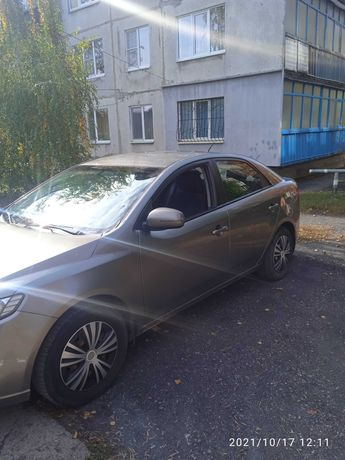 Продам машину. Kia 2012