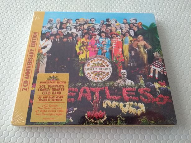 Vendo The Beatles - Sgt. Pepper's Lonely Hearts Club Band - 2CD - novo