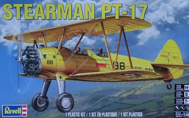 * REVELL - 1:48 * Stearman PT-17