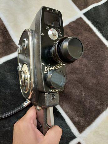 Киносъемочная камера Кварц-2