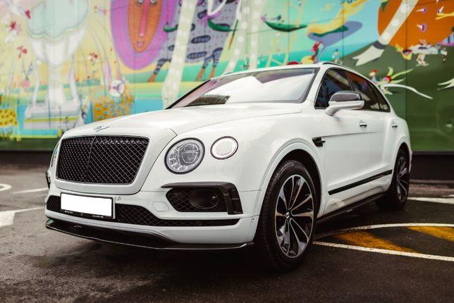 Продам автомобиль bentley bentayga 2018 . Киев