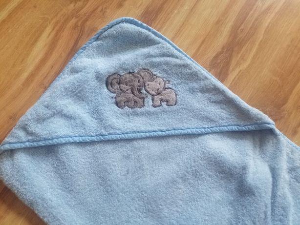 Ręcznik dla noworodka z kapturem