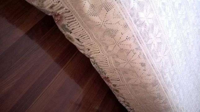 Coberta em crochet cama de casal como nova